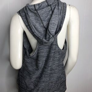 The north face Sleeveless hooded large grey black